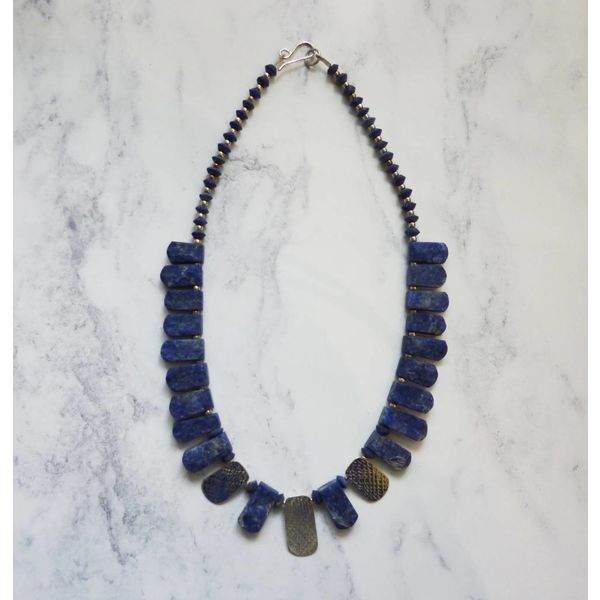 Lapis and 3 silver accents collar necklace