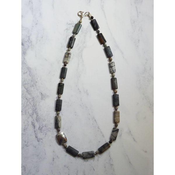 Lozenge Jasper gemstones and silver necklace