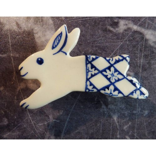Pretender To The Throne Hare ceramic brooch 012