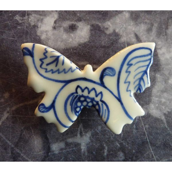 Broche de cerámica de mariposa 020