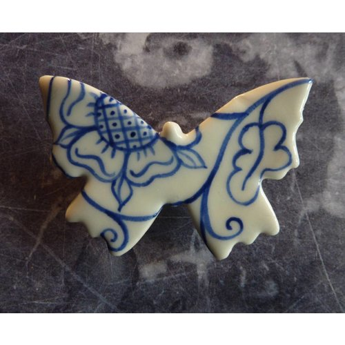 Pretender To The Throne Butterfly ceramic brooch 022