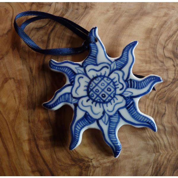 Sun in Splendour Ceramic Decoration 057