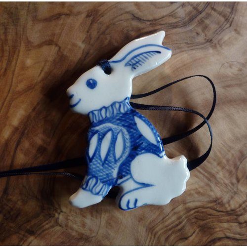 Pretender To The Throne Bunny Ceramic Decoration