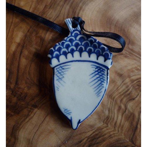 Pretender To The Throne Acorn Ceramic Decoration