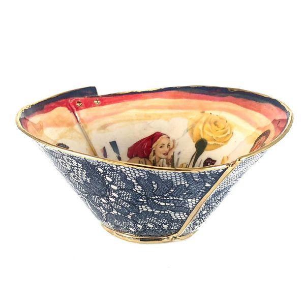Secret Garden Red Lustre bowl sm
