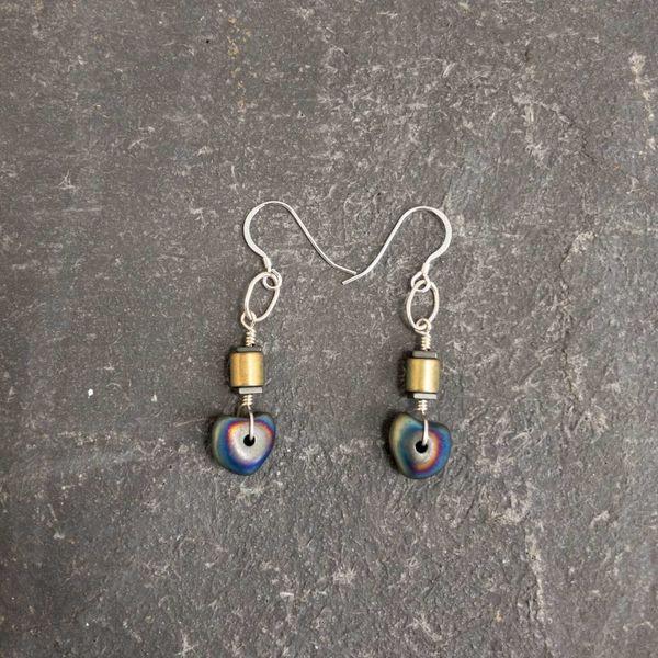 Nugett Hematite tube earrings
