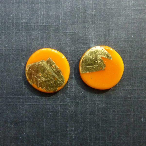 Round gold stud earrings orange