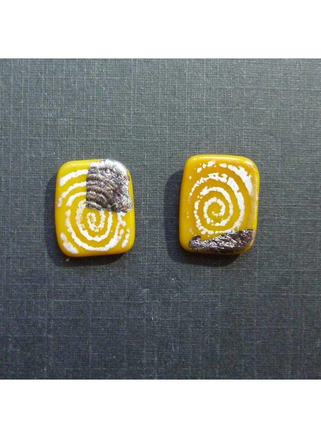 Sgraffito-Plattenstollen gelb