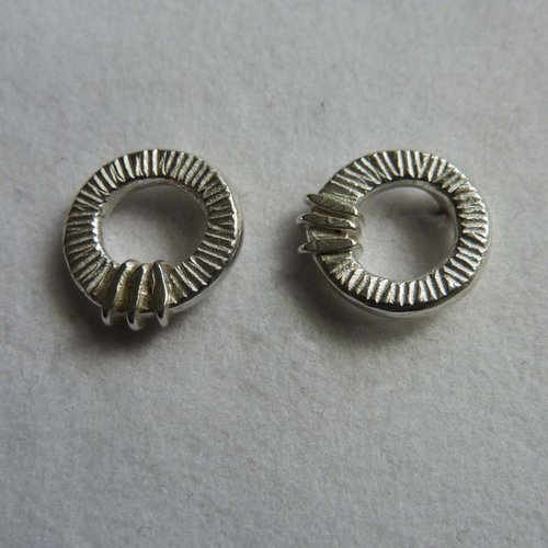 Adele Taylor Round  studs silver