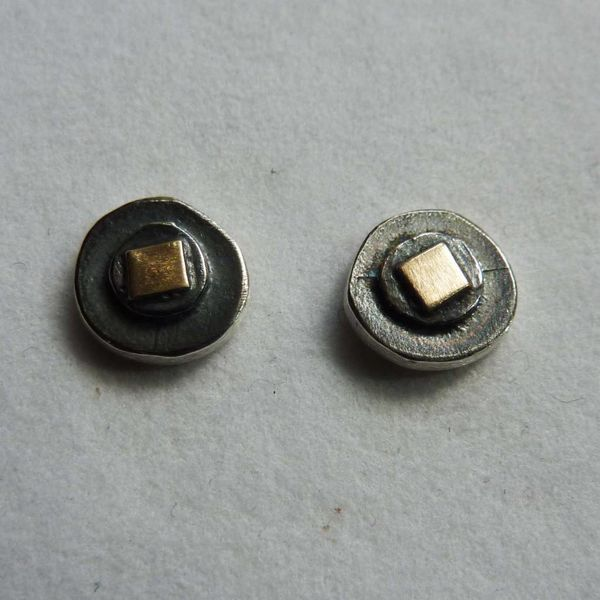 Round  studs oxide silver & 14ct gold 3