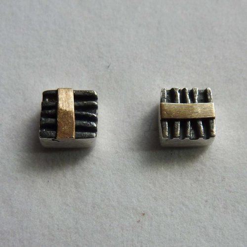 Adele Taylor Square studs oxide silver & 14 ct gold 2