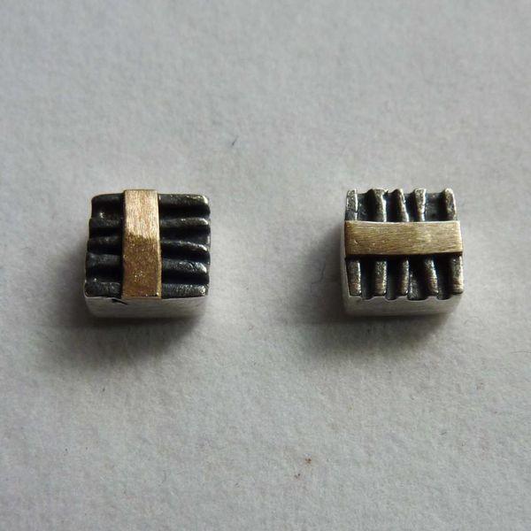Pernos cuadrados de óxido de plata y oro de 14 ct 2