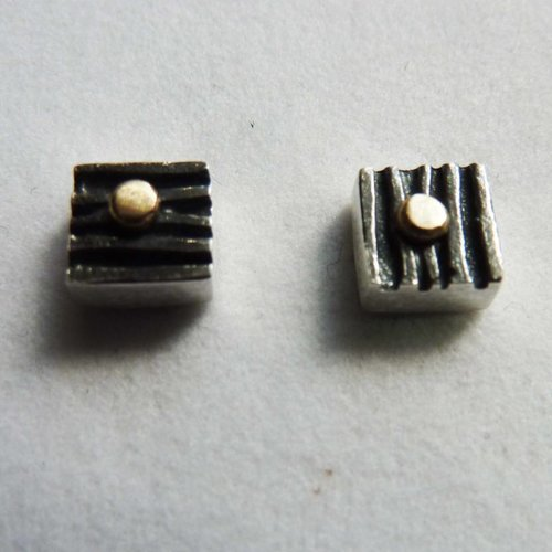 Adele Taylor Square studs oxide silver & 14 ct gold 1