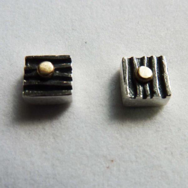 Pernos cuadrados de óxido de plata y oro de 14 ct 1