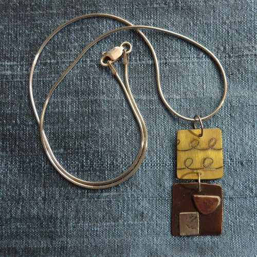 Jill Stewart 2 squares etched bronze & red copper necklace