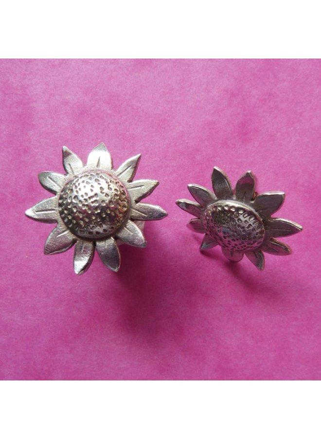 Sonnenblumen-Silberohrringe