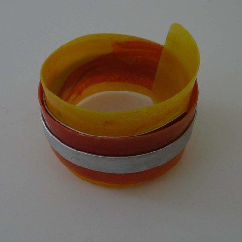 Anna Roebuck Armreif aus recyceltem Kunststoff und Aluminium verstellbar