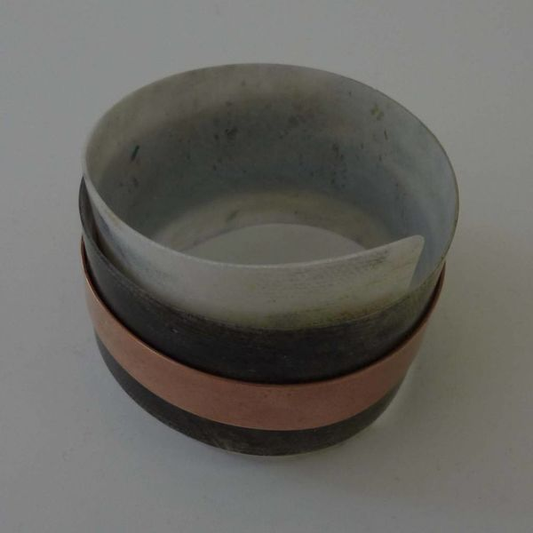 Bangle adjustable recylced plastic and copper