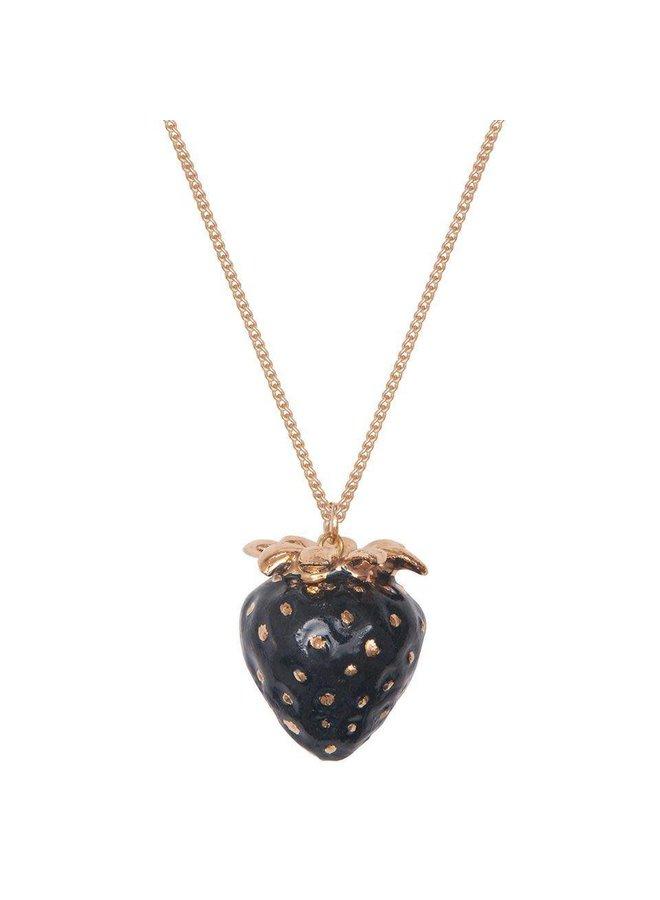 Schwarze Erdbeere mit handbemalter Goldkette
