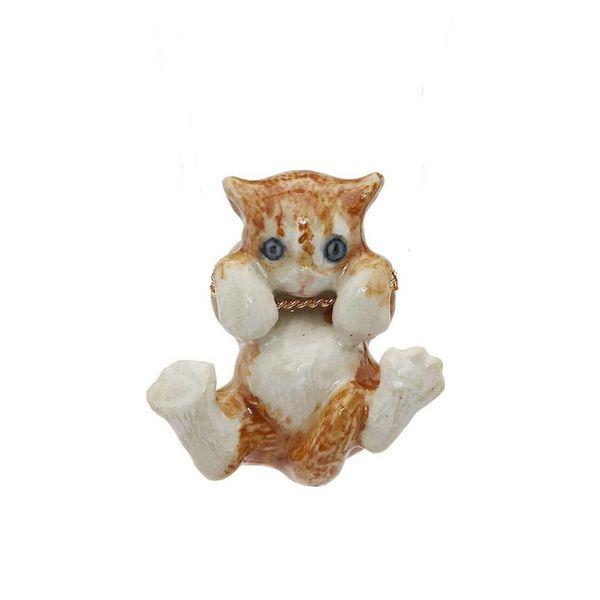 Ginger gatito colgante de porcelana pintada a mano