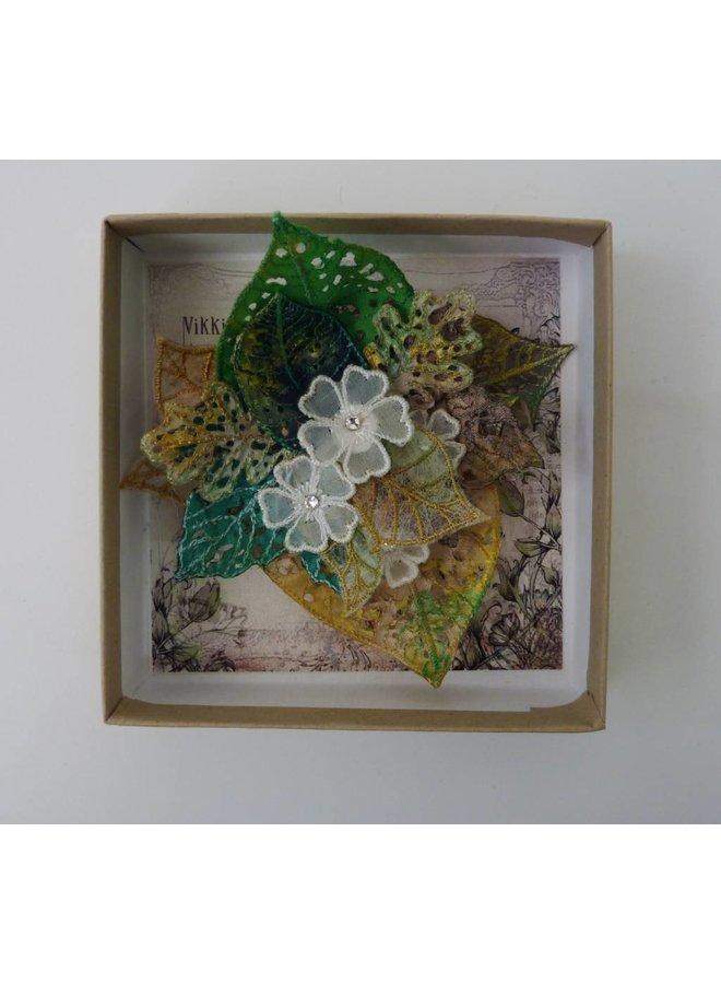Blatt & Blume Cluster Gestickte Brosche