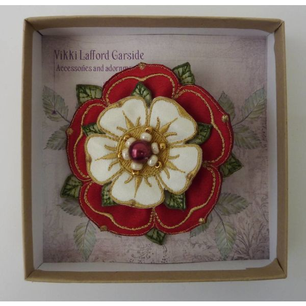 Tudor Double Rose Embroidered Brooch