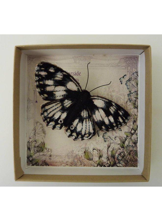 Marmorierter weißer britischer Schmetterling gestickte Brosche