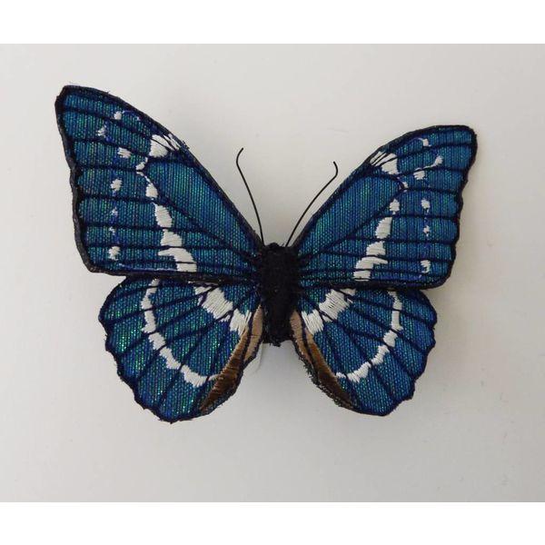 Broche bordado de mariposa azul Morpho en peligro de extinción