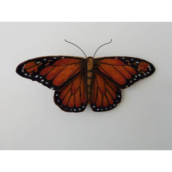 Monarch-gefährdeter Schmetterling gestickte Brosche