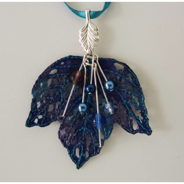 Leaf and Berries embroidered necklace