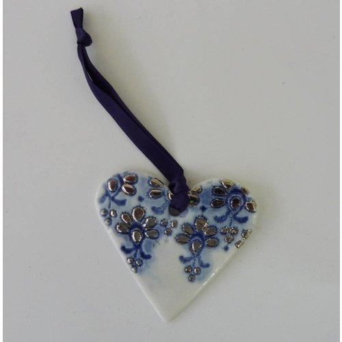 Martha's Grandad Heart ornament Blue Platinum lustre with lace design