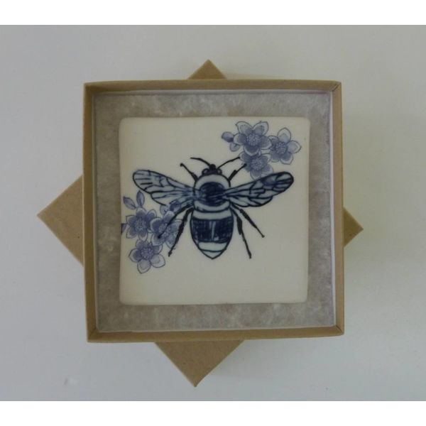 Blaue Hummel-Biene-Fliese