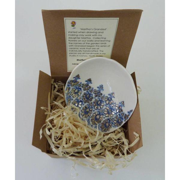 Blue Lace bowl with platinum lustre