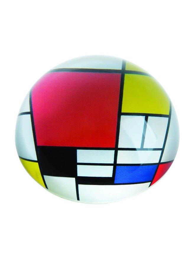 Mondrian Komposition mit rotem Briefbeschwerer 099