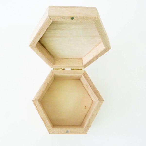 Map Hexagon Birch box Todmorden 10 x 10 x 6cm