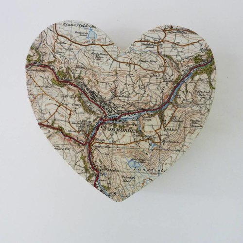 Bombus Map Heart Birch box Todmorden 13 x 13 x 5cm