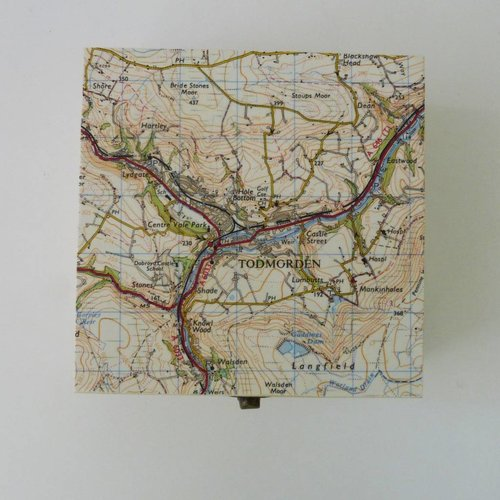 Bombus Map Square Birch box Todmorden 12 x 12 x 6cm