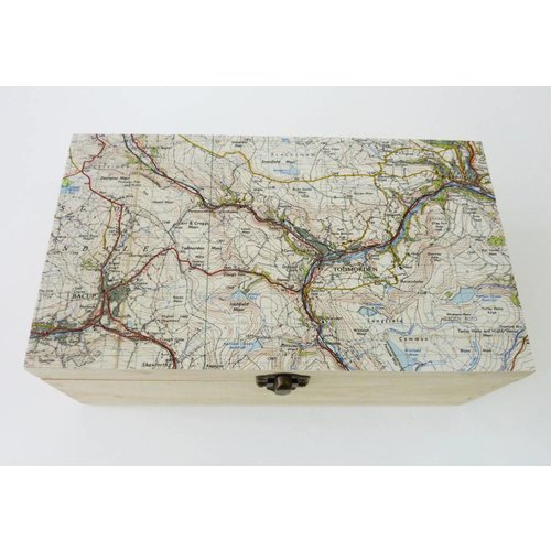 Bombus Todmorden Map Rectangular hinged birch box