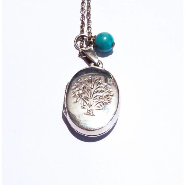 Engraved tree silver with turquoise gem necklace