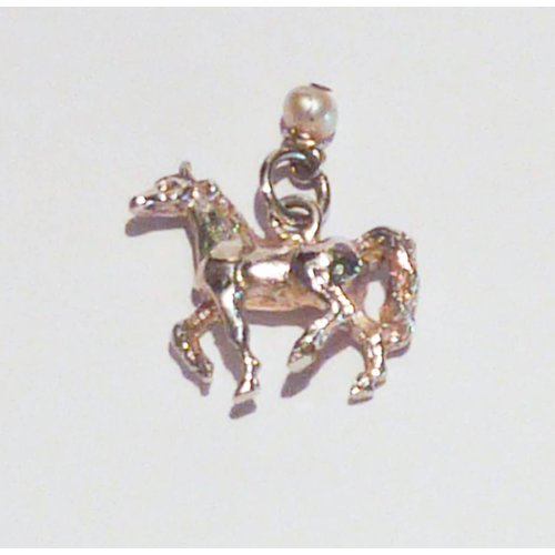Lime Tree Design Horse charm with pearl. silver