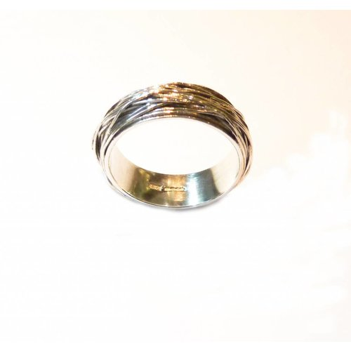 Elizabeth Chamberlain Medium wrap  silver ring