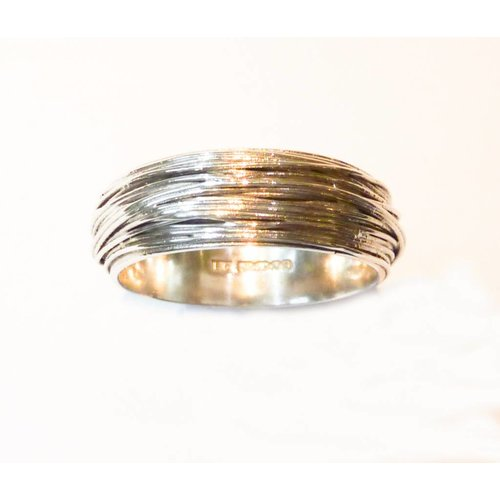 Elizabeth Chamberlain Medium B wrap  silver ring