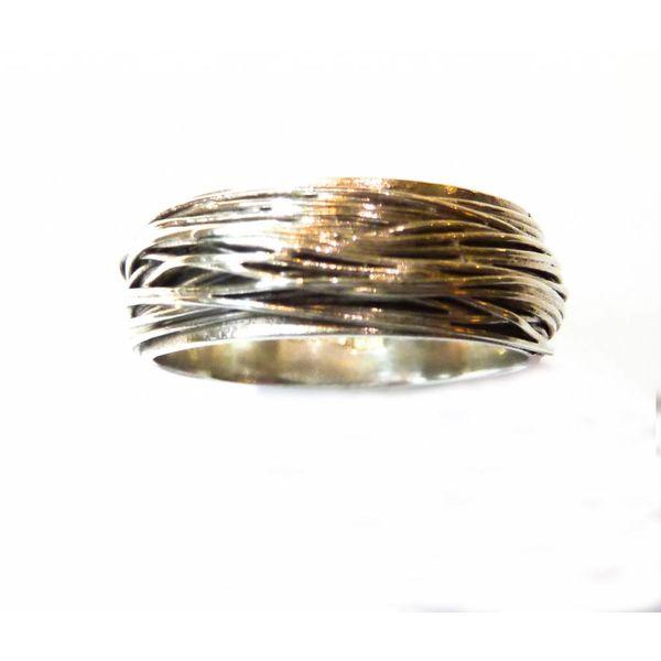 Medium cwrap  silver ring