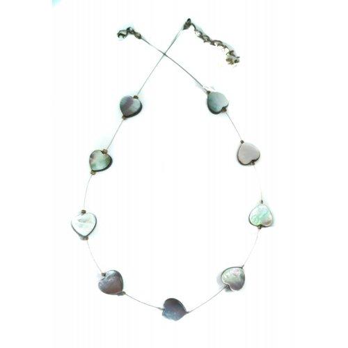 Carrie Elspeth Collar de corazones de perlas enlaces -