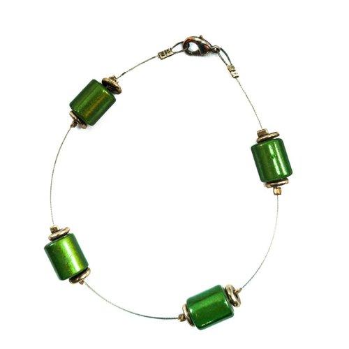 Carrie Elspeth Armband Perlen grün beabstandet -