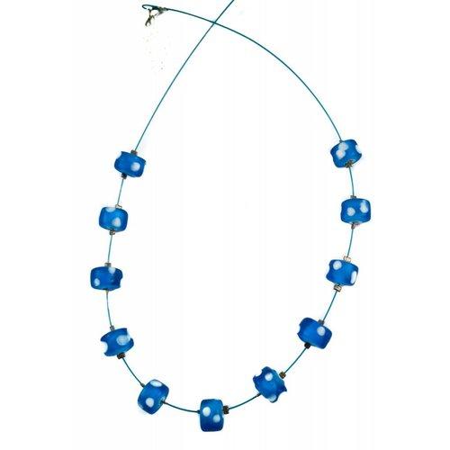 Carrie Elspeth Collar de lunares espaciados -