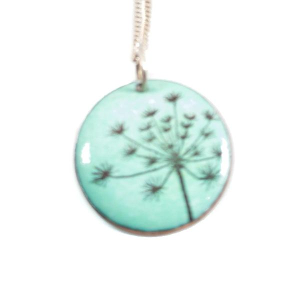 Circle seed necklace