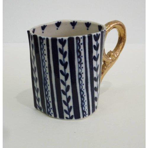 Katie Almond Taza de porcelana de rayas, gatitos y cenas