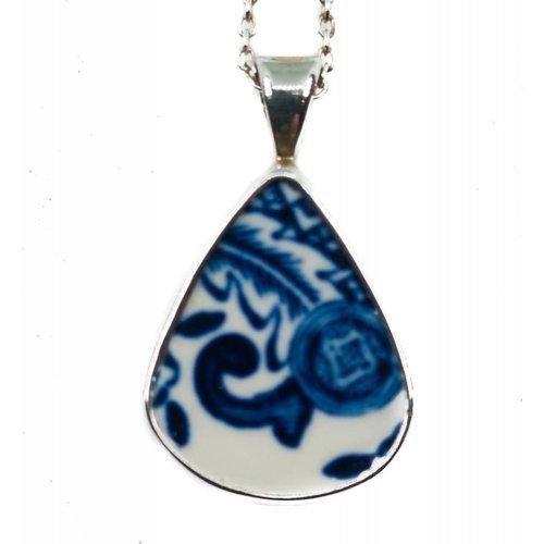Two Skies Teardrop Willow Keramik und Silber Halskette