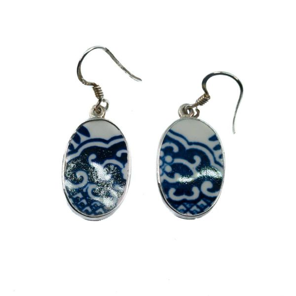 Oval 4 willow ceramic and silver hook earring